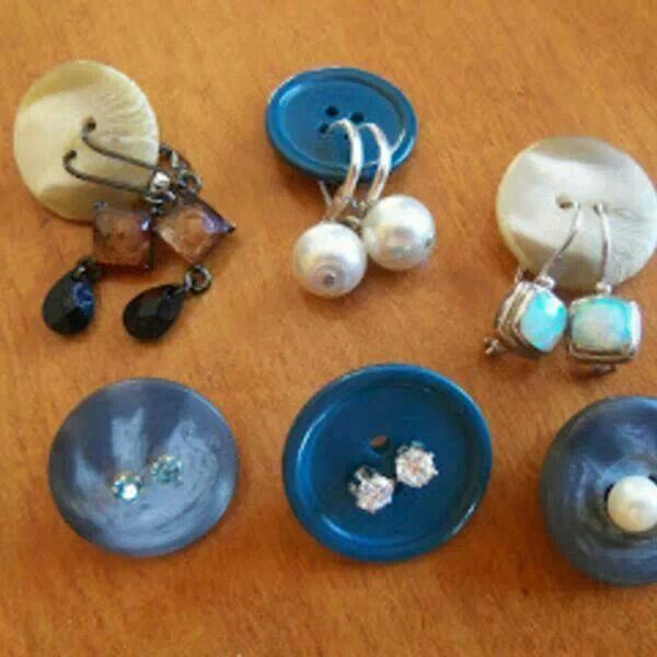 buttons-earrings