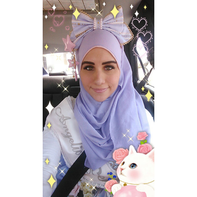 10-when-muslim-girl-meets-lolita-fashion