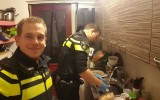 Dutch-police-cook-dinner-for-five-kids